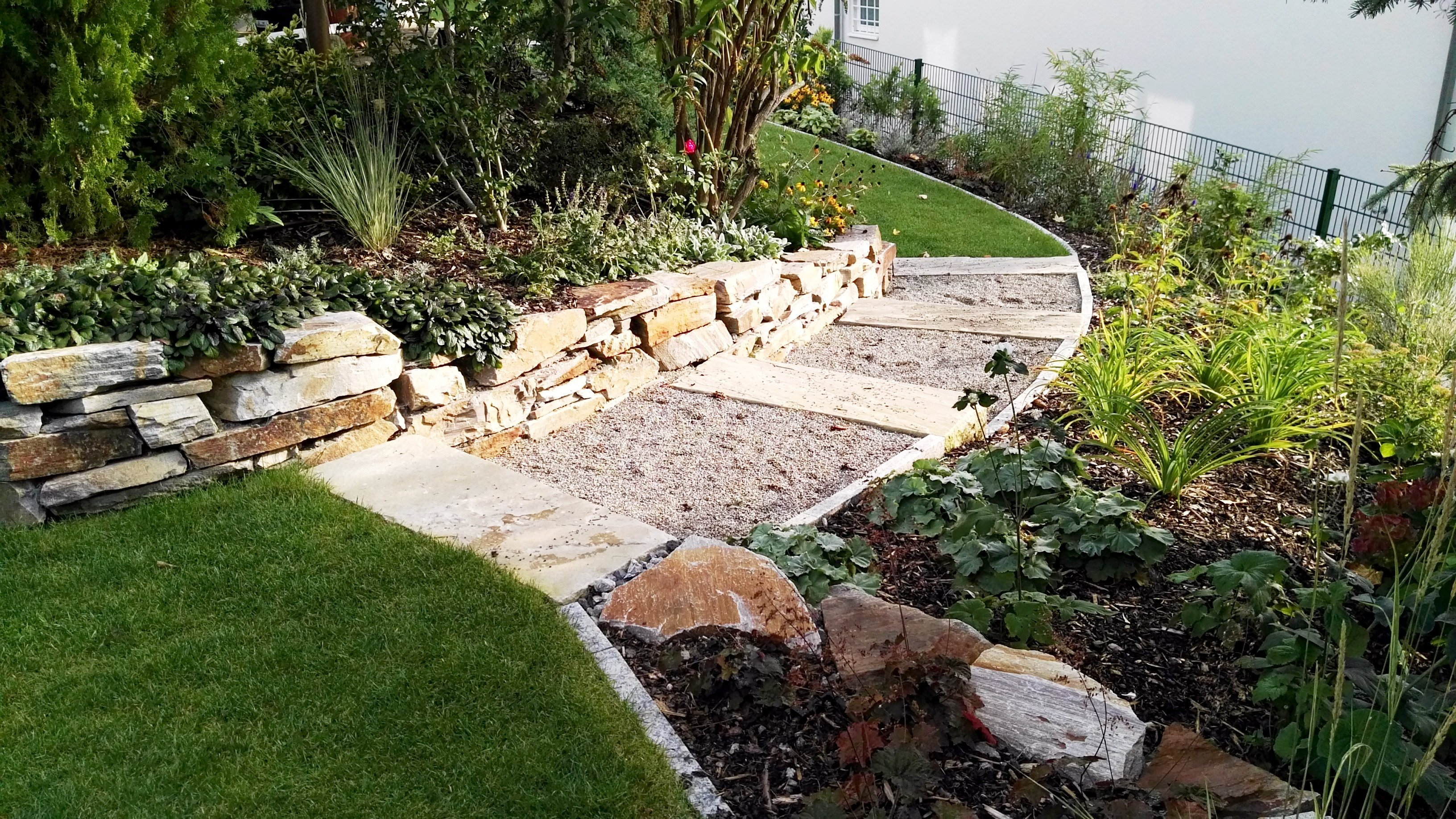 Baden gartengestaltung in wien und nieder sterreich for Gartengestaltung wien